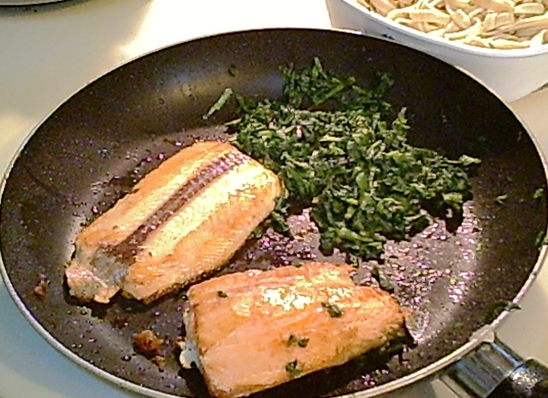 Pan-Grilled Salmon Fillets – Easy Gluten-Free
