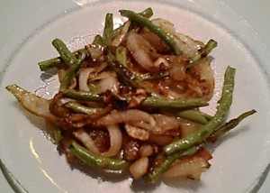 Sauteed Onions and Green Beans -- Gluten-Free