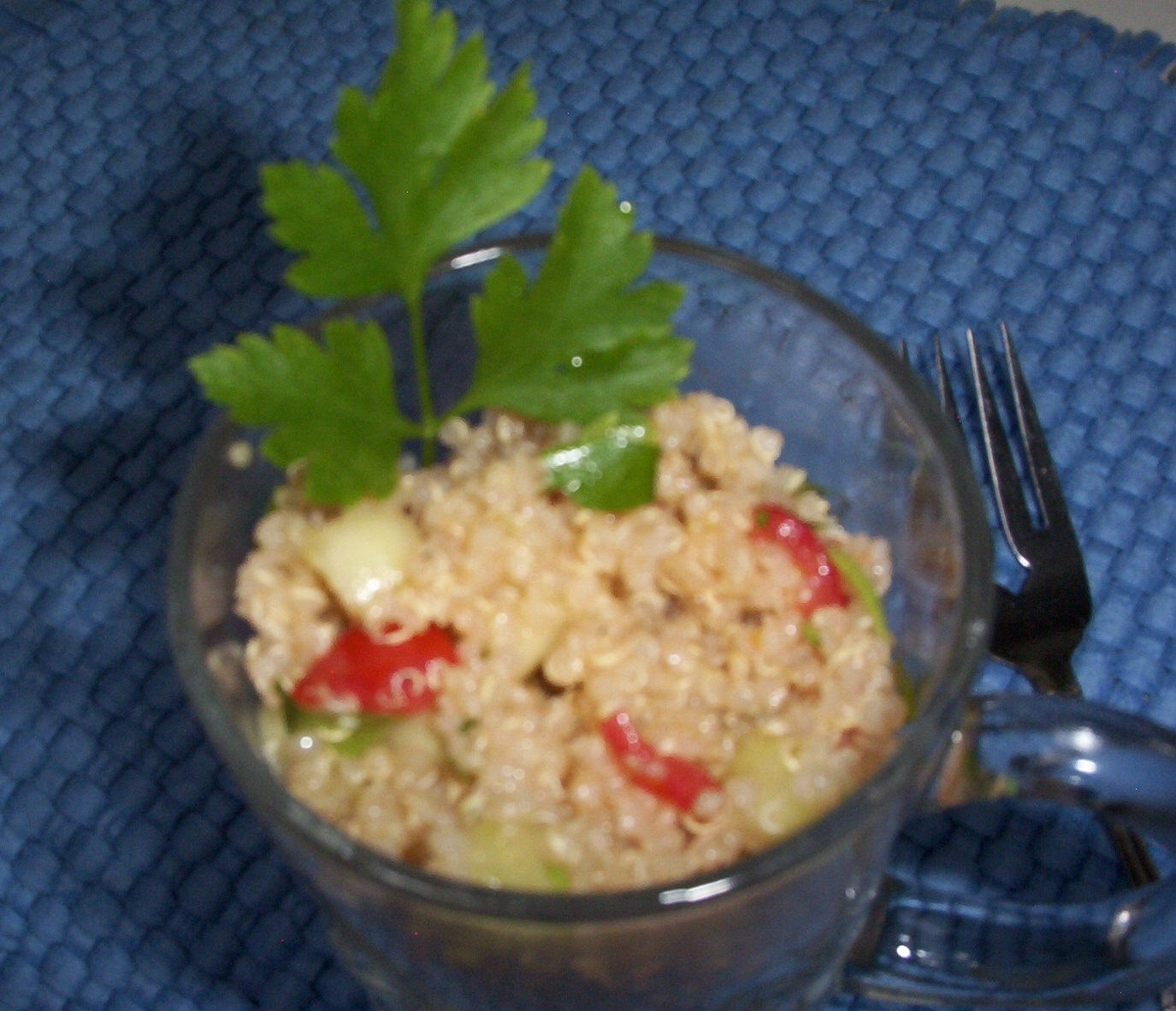 Quinoa Salad with Cucumber, Onion, Parsley & Tomato