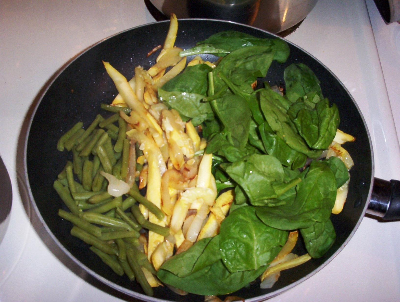 Squash, Green Beans and Spinach Saute for a Gluten-Free Diet