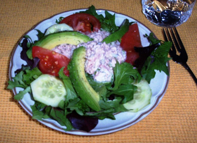 Gluten-Free Tuna Salad with Avocado on Spring Greens