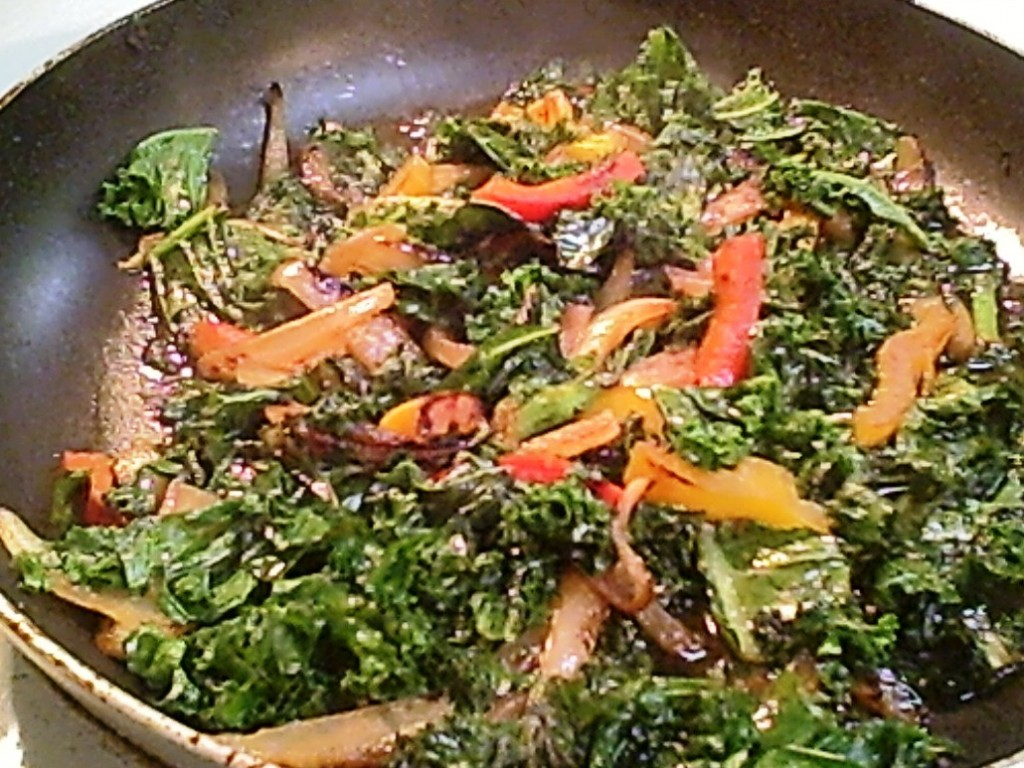 Add Gluten-Free Sauteed Kale, Onion and Peppers to Your Quick Healthy Meals