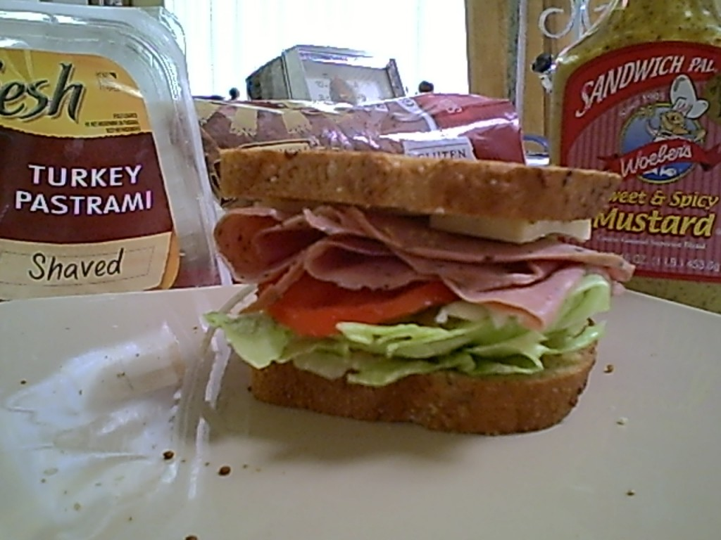 Gluten-Free Turkey or Pastrami Sandwich