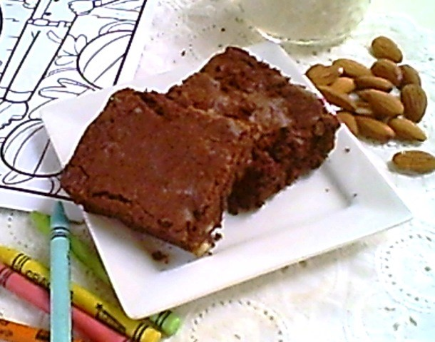 Fudge Brownies with Almonds for After School Treat